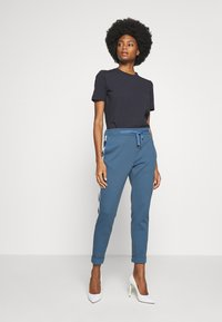 Rich & Royal - ICONIC - T-shirts - deep blue - 1