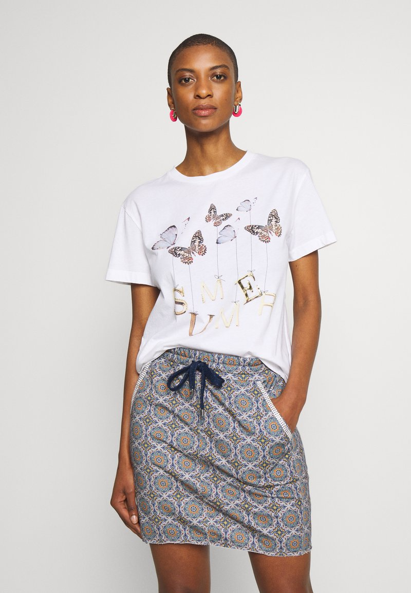 Rich & Royal - BUTTERFLY PRINT - T-shirts med print - white