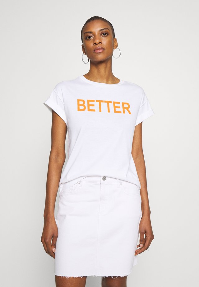 WITH BETTER TOGETHER  - T-shirt med print - neon orange