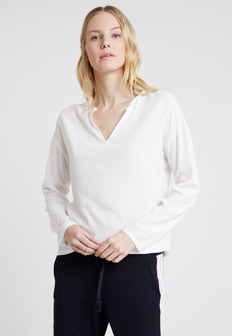 Rich & Royal - LONGSLEEVE - Bluse - pearl white
