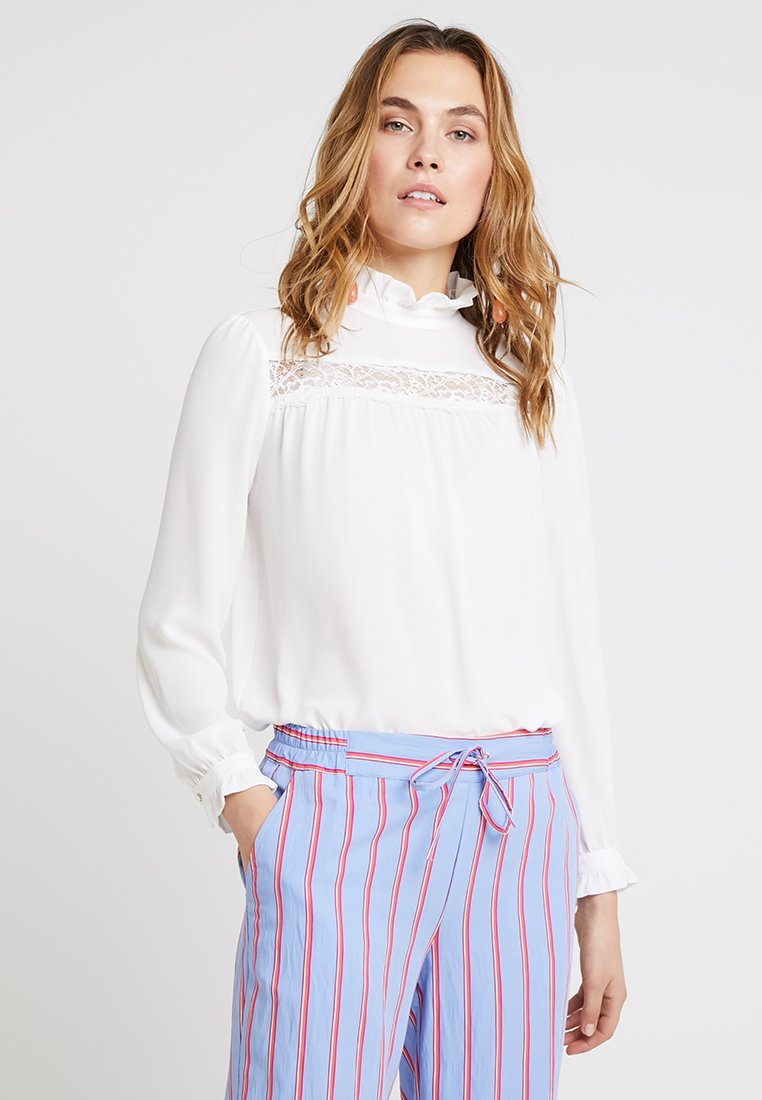 Rich & Royal - BLOUSE WITH RUFFLED COLLAR - Bluse - pearl white