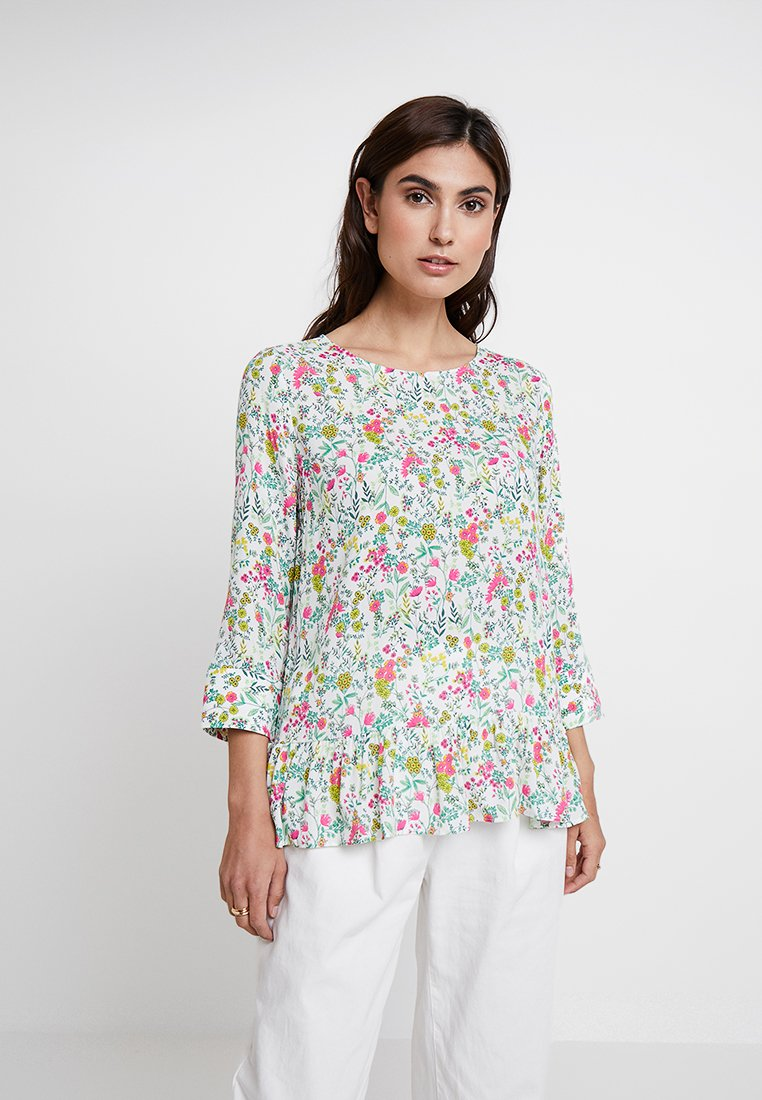 Rich & Royal - PRINTED PEPLUM BLOUSE - Bluse - white