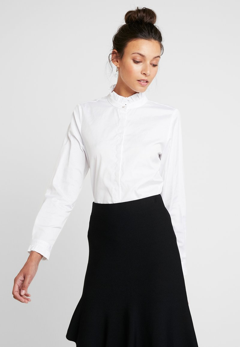 Rich & Royal - BLOUSE WITH RUFFLES - Bluser - white
