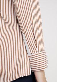 Rich & Royal - STRIPED BLOUSE - Button-down blouse - ginger brown - 6