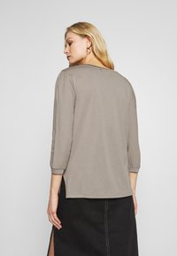 Rich & Royal - LONGSLEEVE WOVEN MIX - Bluser - taupe - 2