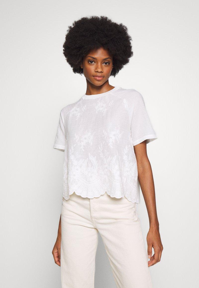 Rich & Royal - WITH EMBROIDERY ANGLAISE - Bluser - pearl white