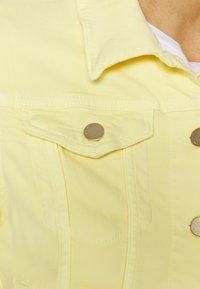 Rich & Royal - JACKET - Jeansjakke - light lemon - 5