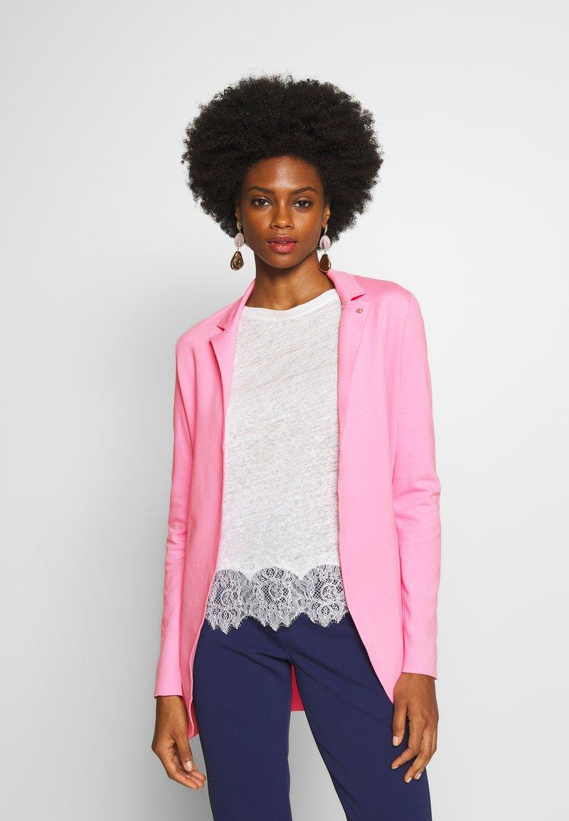 Rich & Royal - Blazer - spring pink