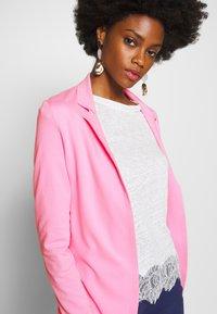 Rich & Royal - Blazer - spring pink - 3