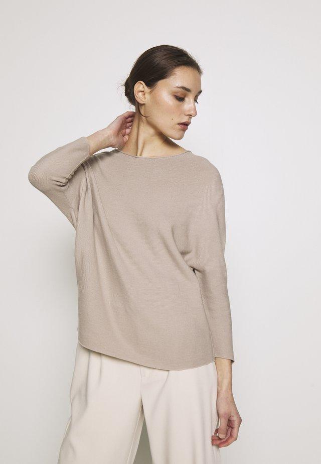 CREW NECK - Stickad tröja - taupe