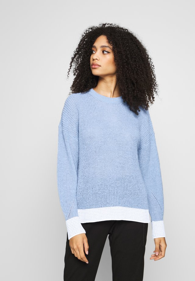 CREW NECK CONTRAST CUFF - Stickad tröja - spring blue
