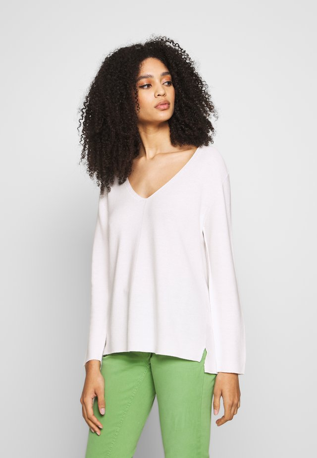 Sweter - pearl white