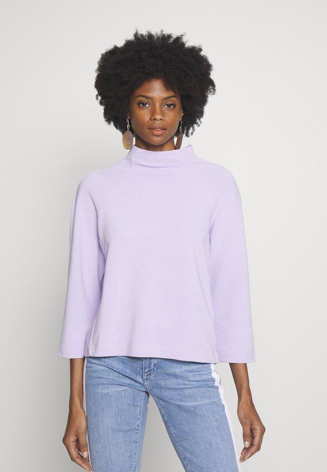 COMFY TURTLE - Longsleeve - pastel lilac