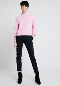 Rich & Royal - COMFY TURTLE - Topper langermet - spring pink - 1