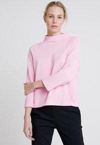 Rich & Royal - COMFY TURTLE - Topper langermet - spring pink - 0