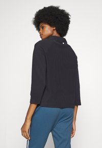 Rich & Royal - COMFY TURTLE - Topper langermet - deep blue - 2