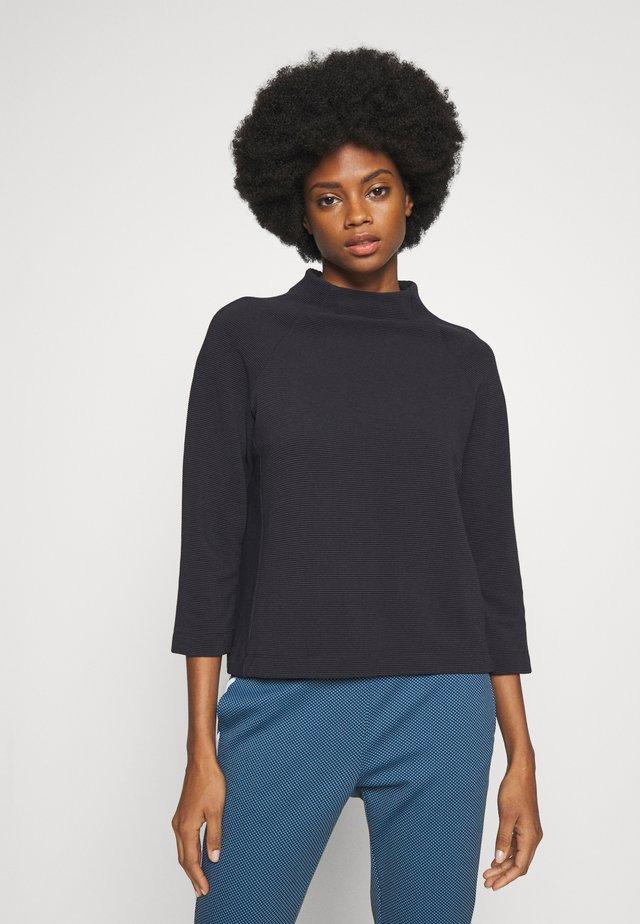 COMFY TURTLE - Long sleeved top - deep blue