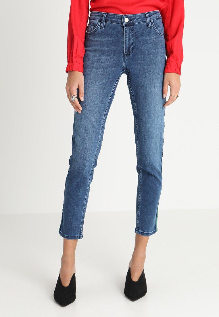 Rich & Royal - MIDI GALON STRIPE - Slim fit jeans - denim blue