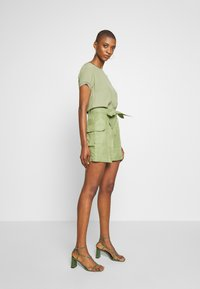 Rich & Royal - SAFARI LOOK - Shorts - safari green - 3