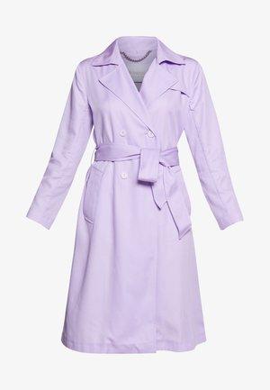 Trenčkot - pastel lilac