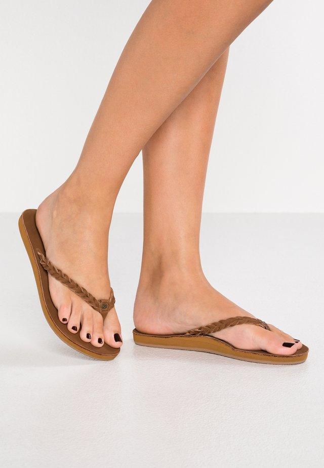 RIVIERA MAYA - T-bar sandals - chestnut