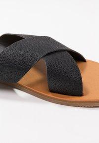 Rip Curl - BLUEYS - Sandalias planas - black - 2