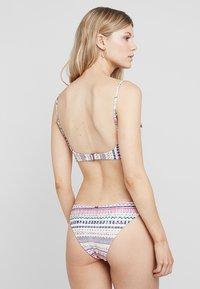 Rip Curl - MAI OHANA REVO CHEECKY PANT - Bikiniunderdel - off white - 2