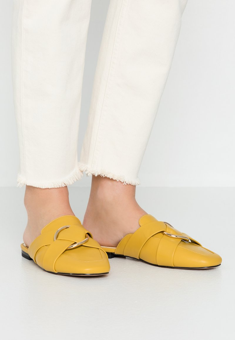 River Island - Mules - yellow