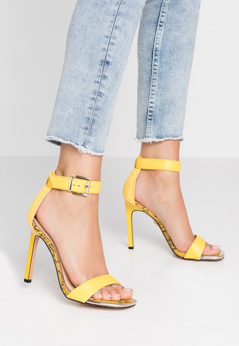 River Island - High heeled sandals - yellow