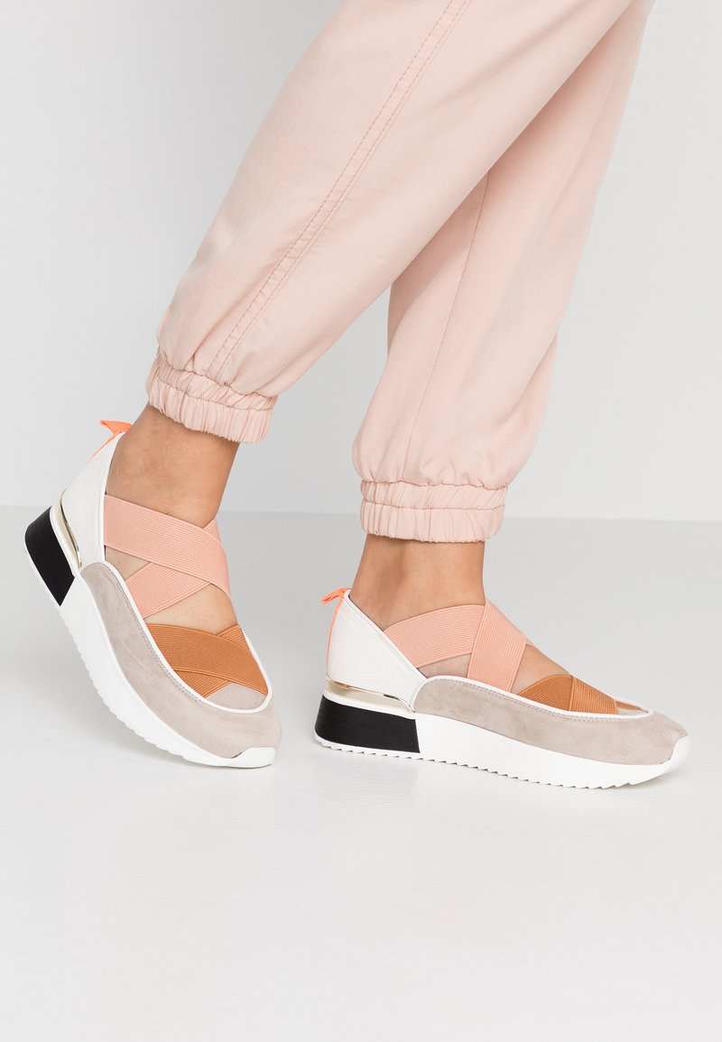 River Island - Slip-ons - pink light