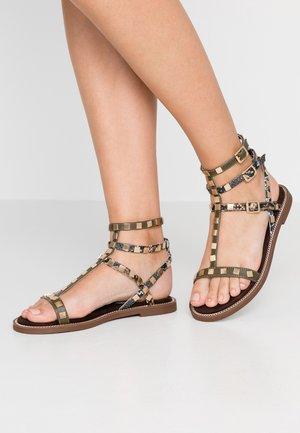 Sandaler - khaki
