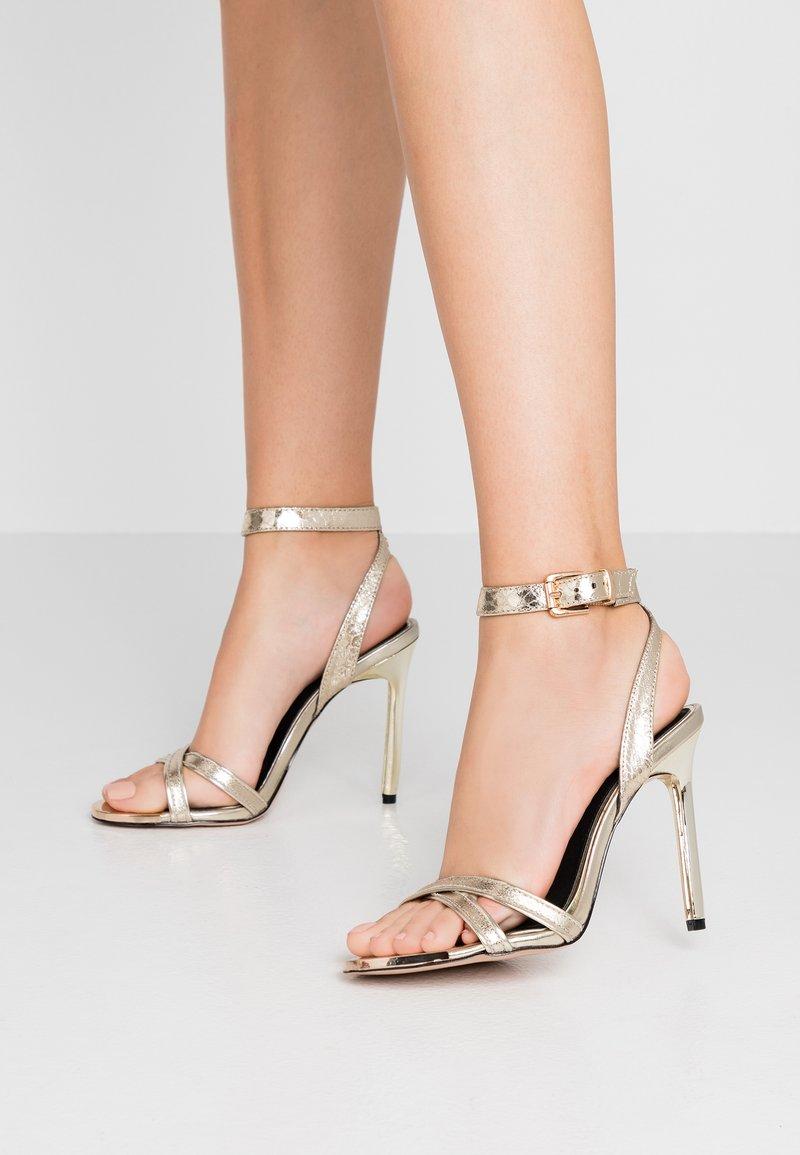 River Island - Højhælede sandaletter / Højhælede sandaler - gold