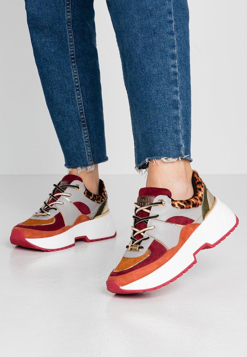River Island - Sneaker low - tan