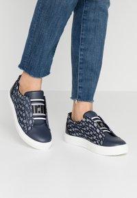 River Island - Sneaker low - denim - 0