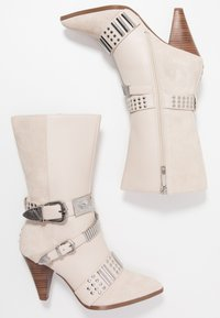 River Island - High heeled boots - white - 3