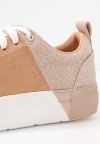 River Island - Joggesko - beige/dark - 2