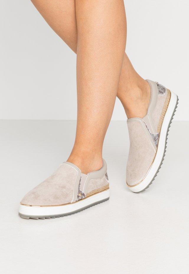 Loaferit/pistokkaat - grey