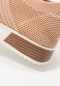 River Island - Slip-ons - toasted almond - 2