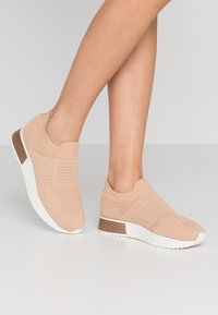 River Island - Slip-ons - toasted almond - 0