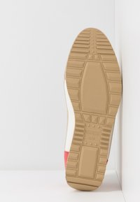 River Island - Sneaker low - light beige - 6