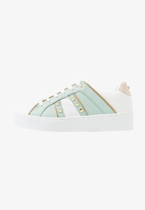 Sneakers laag - light green