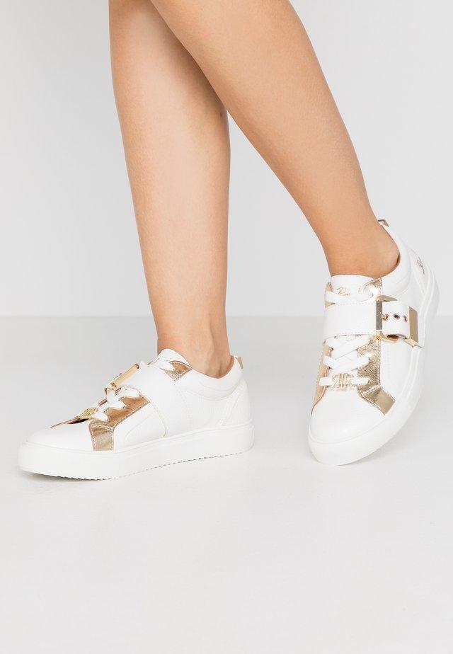 Tenisky - white