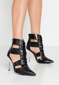 River Island - Bottines à talons hauts - black - 0