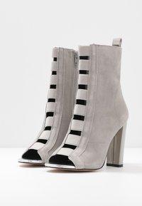 River Island - Kotníková obuv na vysokém podpatku - grey - 4