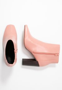River Island - High heeled ankle boots - pink - 3