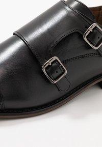 River Island - Elegantní nazouvací boty - black - 5