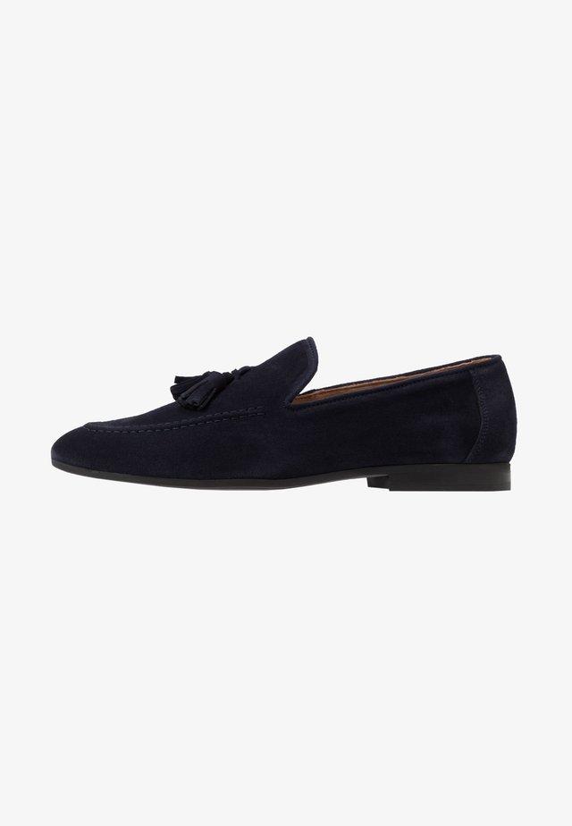 Elegantní nazouvací boty - navy
