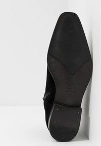 River Island - Classic ankle boots - black - 4