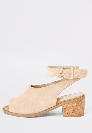 Sandales classiques / Spartiates - pink