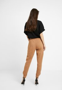 River Island - Pantalon de survêtement - toffee - 2